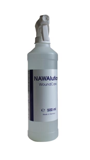 Spray başlığı ile yaranın yüzeyine solüsyonun ulaşmasını sağlar